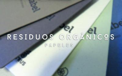 Papeles con residuos orgánicos